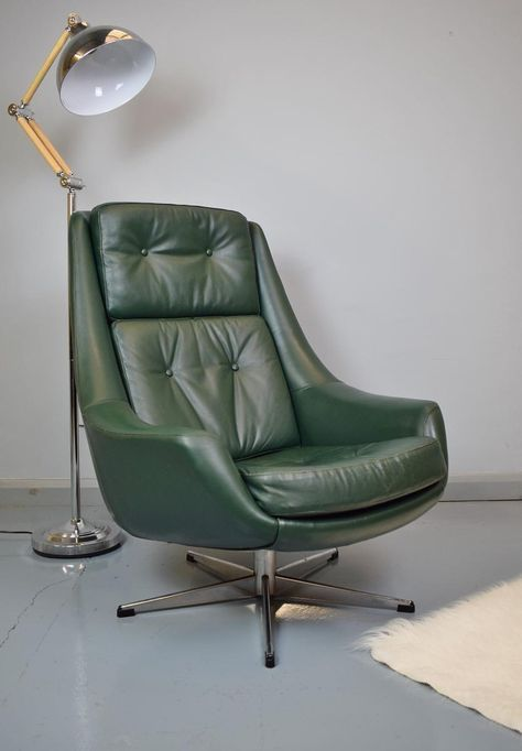 Mid-Century Danish Green Leather Swivel Lounge Chair by H.W. Klein