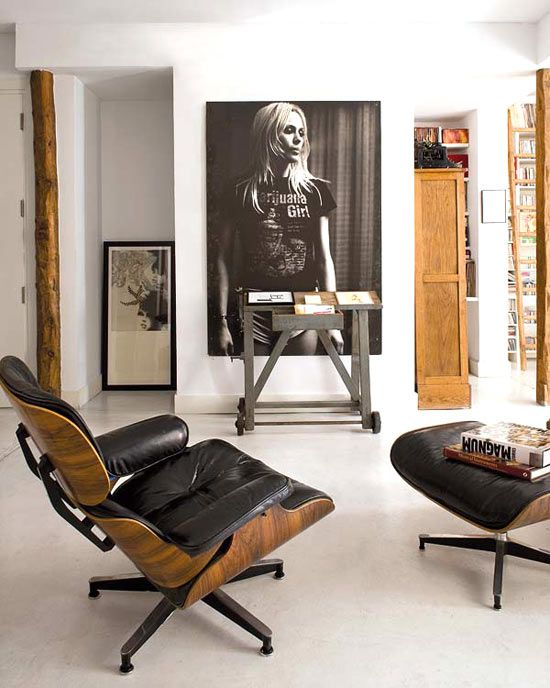 The bohemian chique home of an artistic director of Universal Music