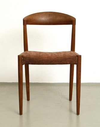 MAGASIN Möbel » Mid-century modern Teak Dining Chairs by Hargo