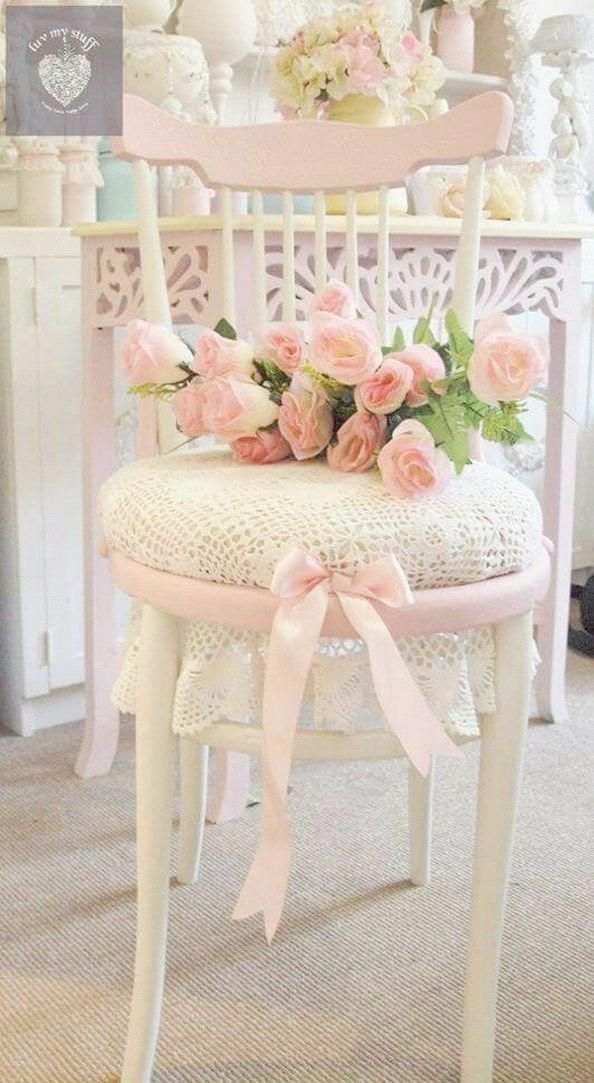 This particular shabby chic lamp is a quite inspiring and brilliant idea #shabby…