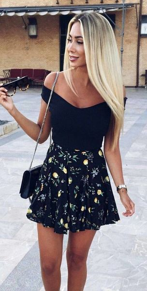 Wunderschöne Sommerferien Party Outfit Ideen |  Rock Outfits Sommer.