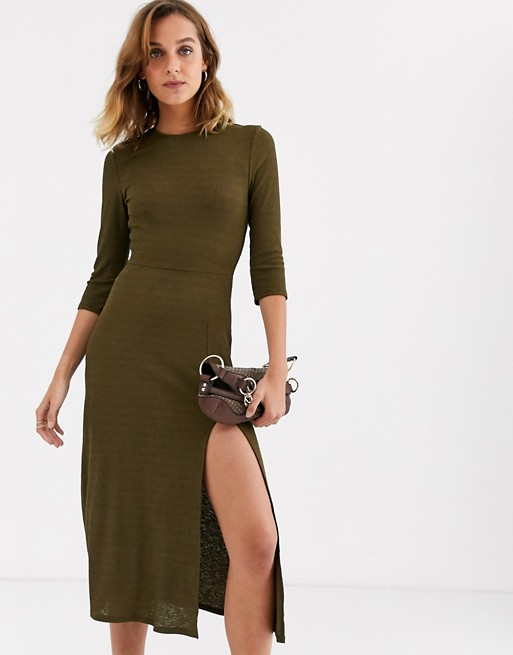 River Island Strick Midikleid in Khaki |  WIE