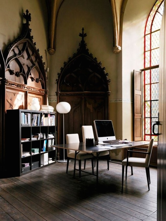 Home-Office-Gothic-Big